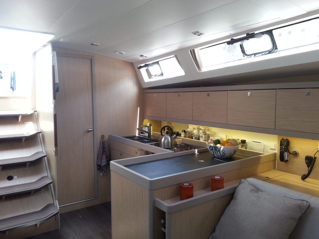 Oceanis 45 galley